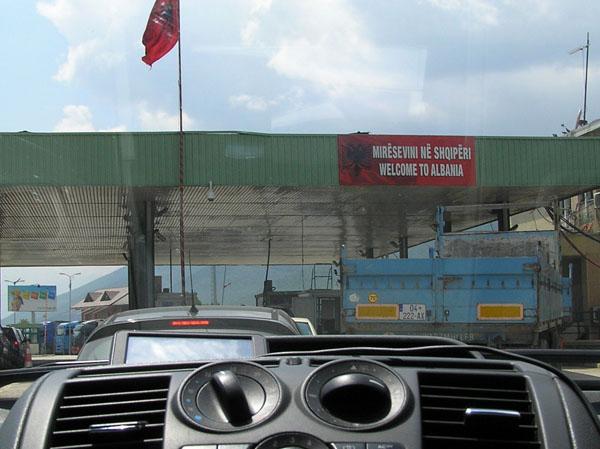 Pogrebni prijevoz Albanija