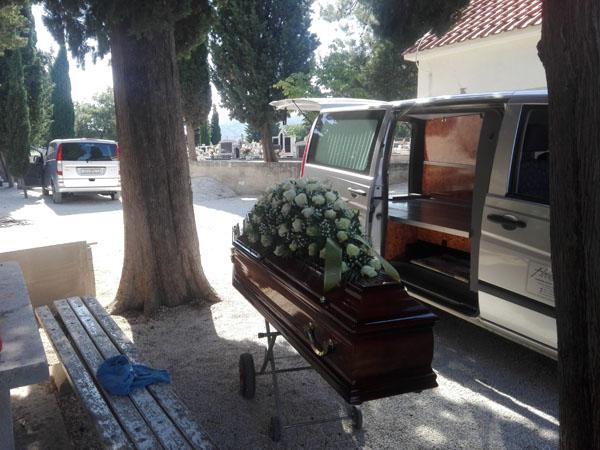 Lijes za sahranu
